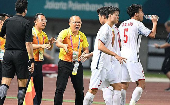 """Báo châu Á: """"Malaysia và Thái Lan mạnh thật đấy, nhưng người vô địch AFF Cup sẽ là Việt Nam"""""""