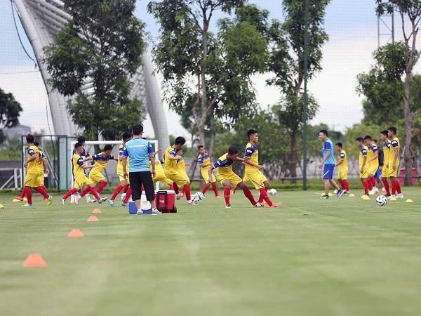 Bóng đá VN tối 19/3: VFF sẽ điều chỉnh kế hoạch tập trung tuyển quốc gia