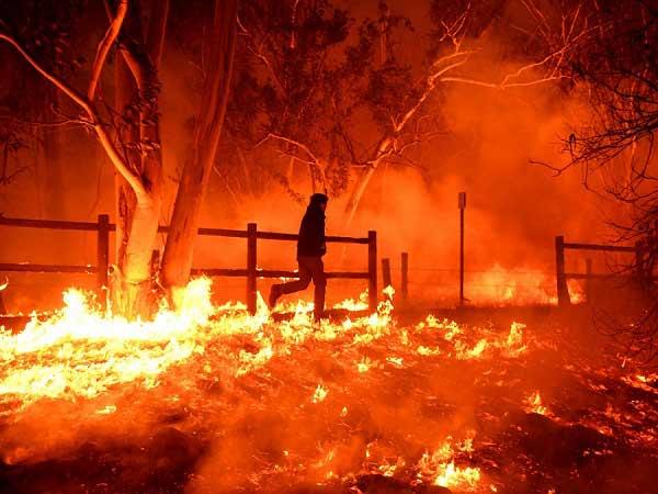 Mơ thấy cháy là điềm báo lành hay dữ?
