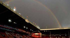 Bóng đá quốc tế sáng 24/11: CĐV Anh được đến sân vào tháng 12