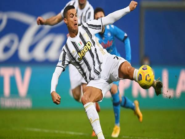 Bóng đá Quốc Tế 21/1: Ronaldo đi vào lịch sử với bàn thắng thứ 760
