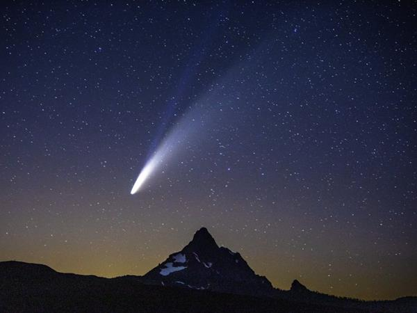 Mơ thấy sao chổi có phải điềm đen đủi? Đánh ngay cặp lô nào?