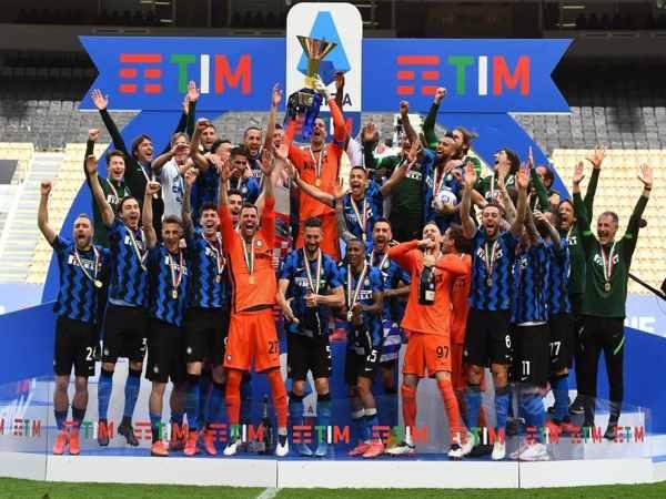 Kinh nghiệm soi kèo bóng đá Ý