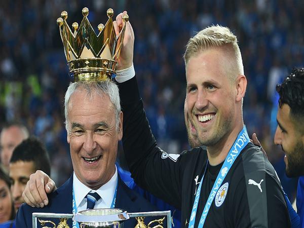 Bóng đá Anh 4/10: Claudio Ranieri tái xuất Ngoại Hạng Anh